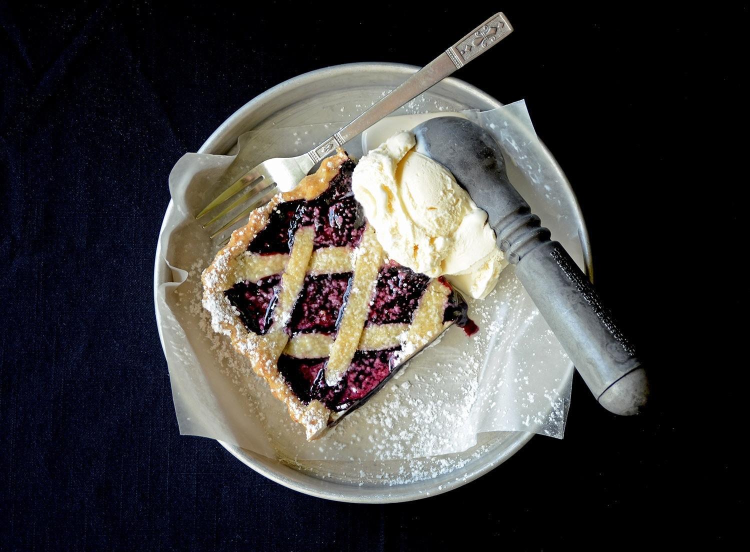 Mulberry Tart with Ice Cream Web - Mulberry Tart with Cardamom and Black Pepper