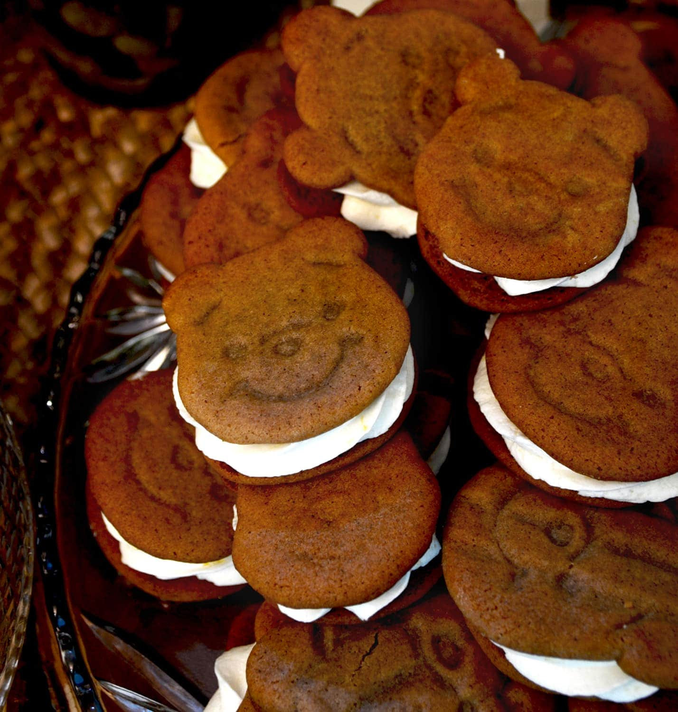 Pooh Sandwich Cookies Web1 - Winnie the Pooh Baby Shower Dessert Buffet