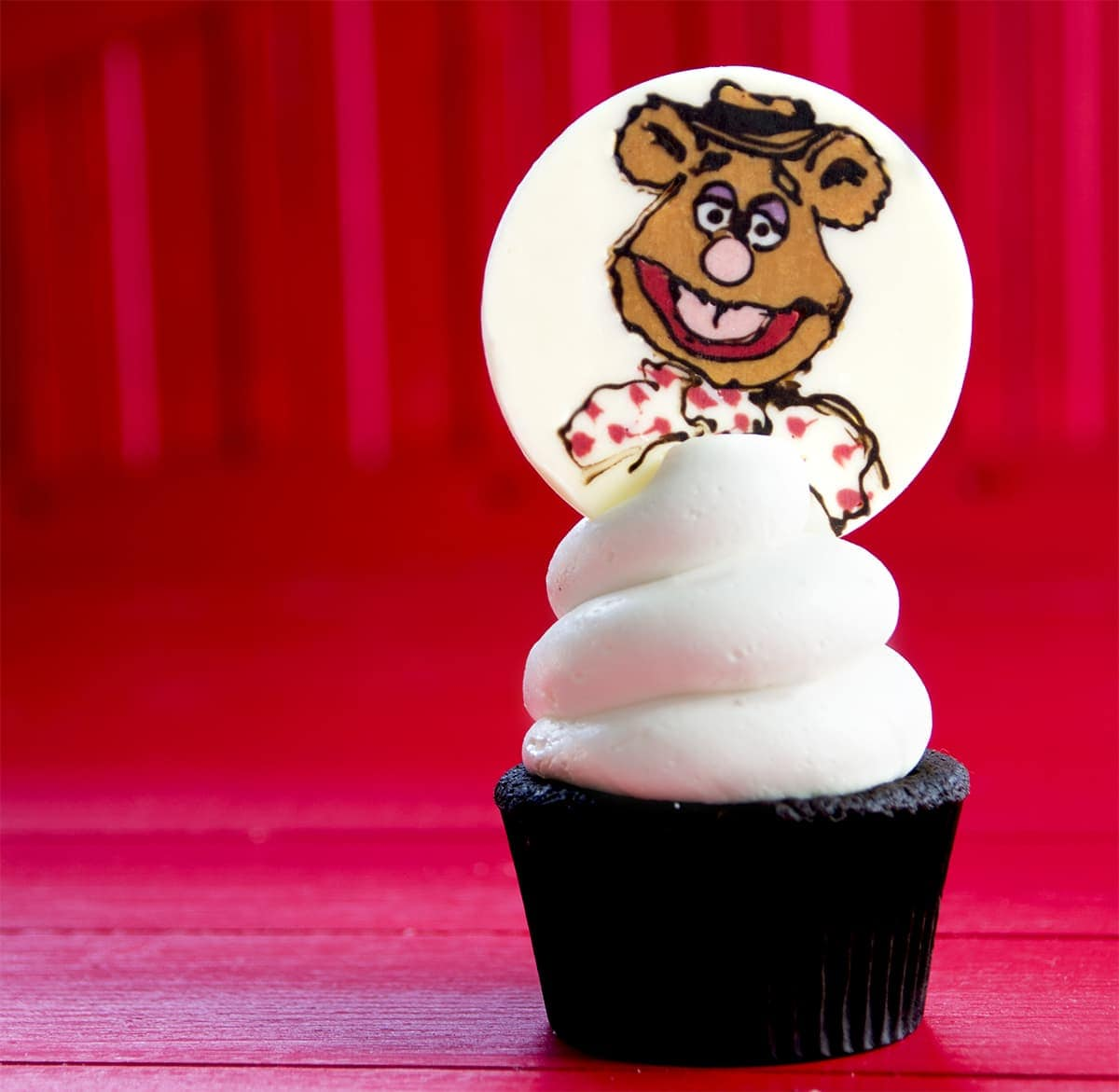 Fozzy Square Web - Muppets Cupcakes <br/>& Easy Vanilla Buttercream
