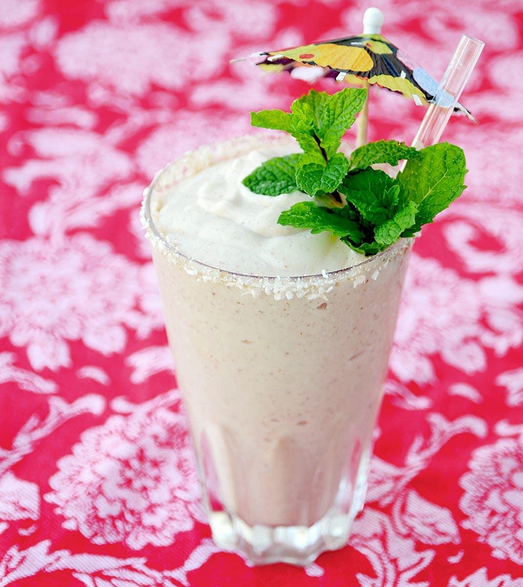 Pawpaw Smoothie Square Web - Creamy Vegan Pawpaw Smoothie