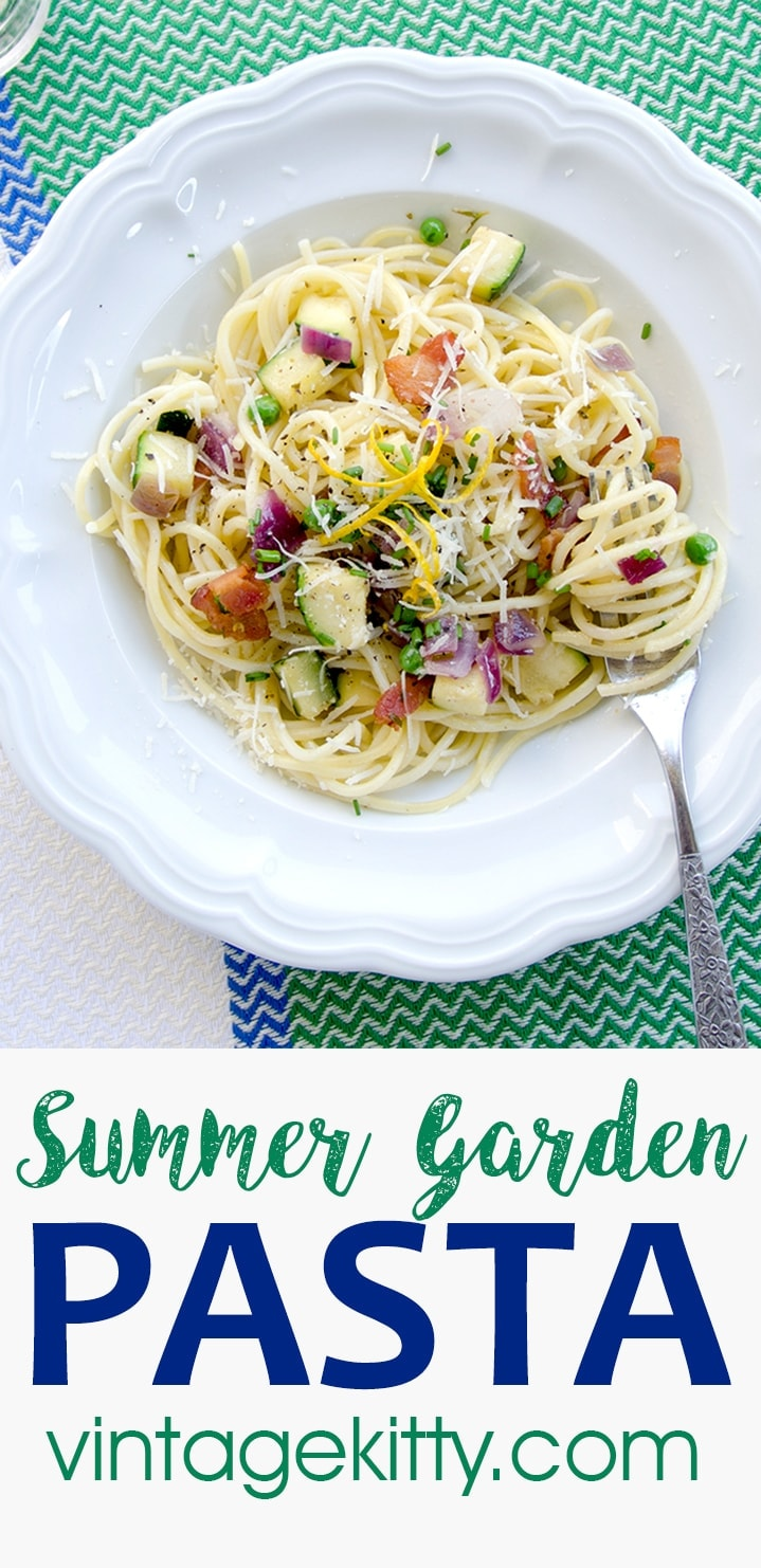 This easy Summer Garden Pasta is the perfect late summer, weeknight dinner. It's fresh, bright, savory and filling without being heavy. #summereats #pasta #spaghetti #bacon #weeknightmeal #easyrecipe