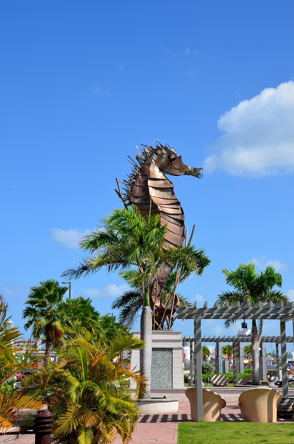 Sea Horse Sculpture Web - Old San Juan and Rum Old Fashioned