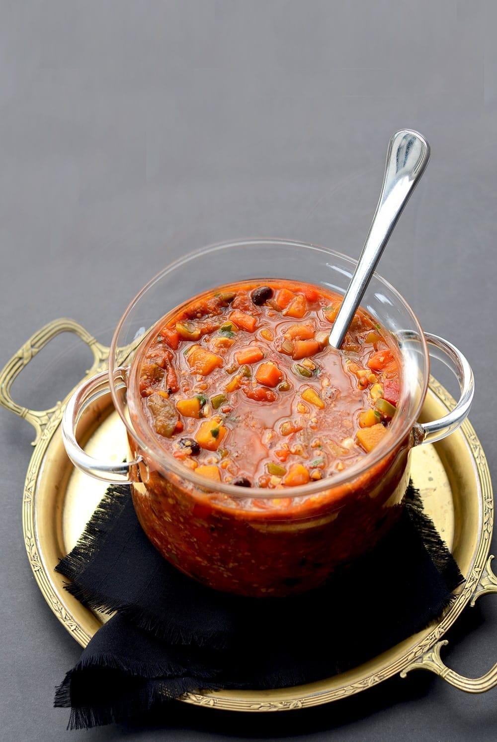 Vegan Vegetable Stew in Bean Pot Web - Vegan Vegetable Stew