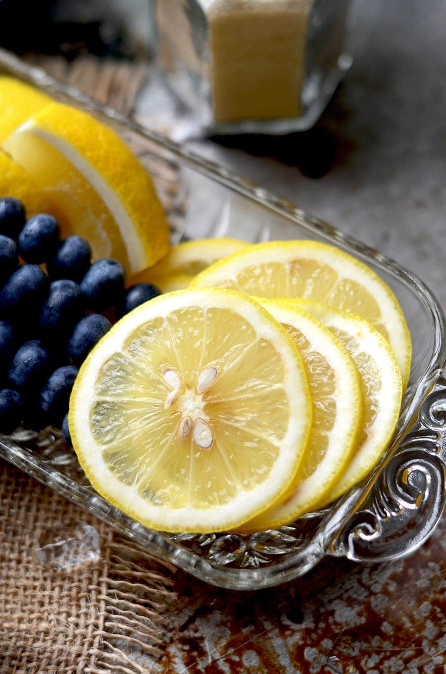 Lemon Slices Web - Blueberry Whiskey Buck