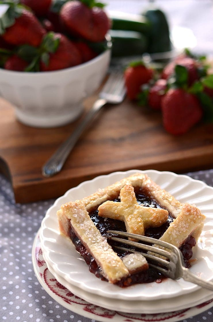 Piece of XOXO Tart Web - Strawberry Jalapeno Tic Tac Toe Tart