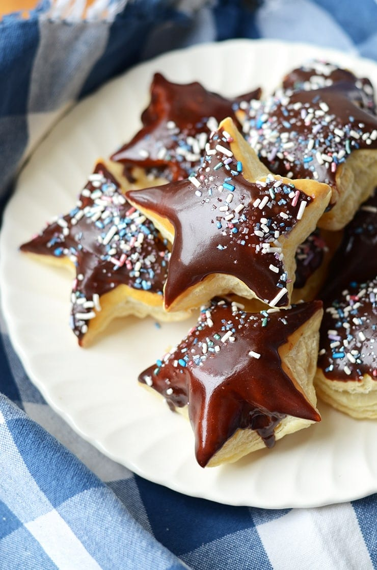 Puff Pastry Donuts Web 1 - Picnic Under the Stars #diydatenight
