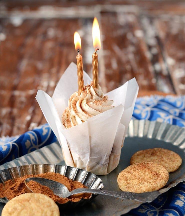 Birthday Cupcake Web - Snickerdoodle Cupcakes</br> + Happy Birthday to Vintage Kitty!