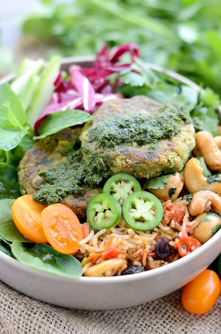 It's easy being green with our Earth Day #diydatenight! We're serving up Indian Inspired Buddha Bowls that are vegan, gluten-free and incredibly yummy. Then after dinner we have a fun indoor planting activity.