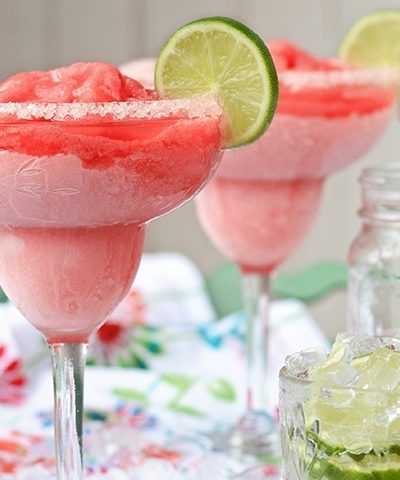 Summer is just beginning! Whip up one of these ice cold, Frozen Strawberry Margaritas from scratch and enjoy the good life! Hello Señorita!