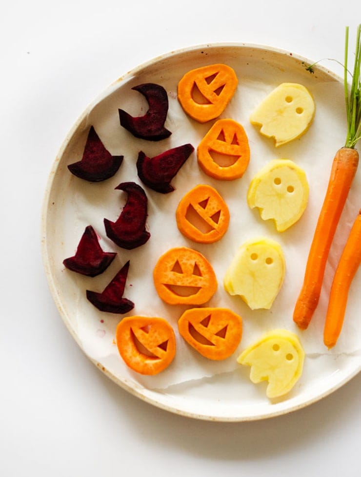 halloween roasted veggies 2 680 - Ghoulishly Good! </br>Halloween Party Recipes and Ideas