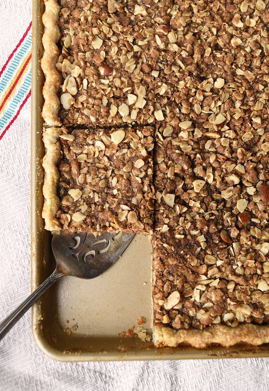 Apple Butter Crumb Slab Pie 5874 Web - Apple Slab Pie with Crumb Topping and Cinnamon Pie Crust