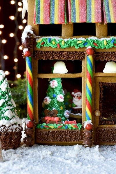 Gingerbread House 7172 Web 400x600 - Victorian Storefront Gingerbread House Template