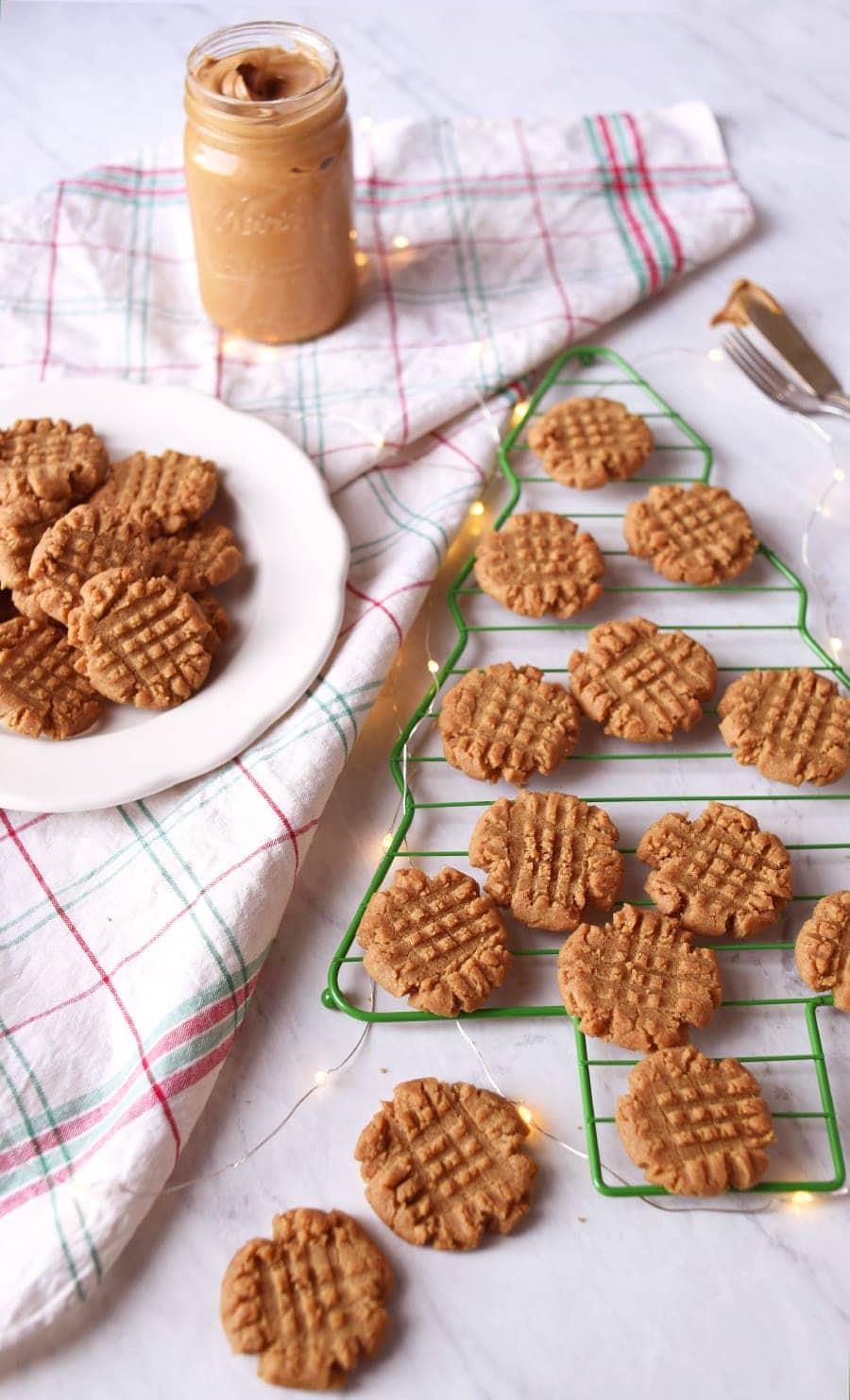 Vegan Peanut Butter Cookies 7270 Web - Vegan Peanut Butter Cookies- Crispy Outside, Chewy Inside!
