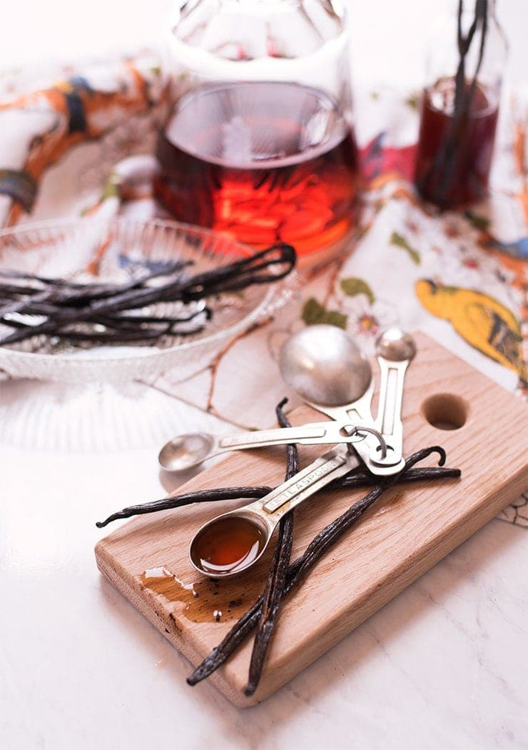 Vanilla Extract 9014 2 - Homemade Vanilla Extract Recipe