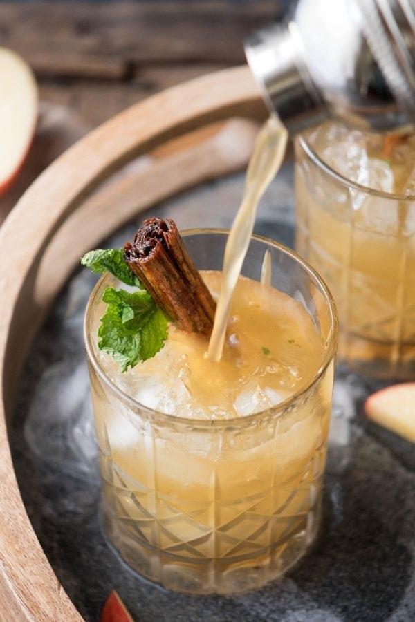 Cinnamon Apple Whiskey Smash 2 600x900 - Mouthwatering Thanksgiving Menu Ideas