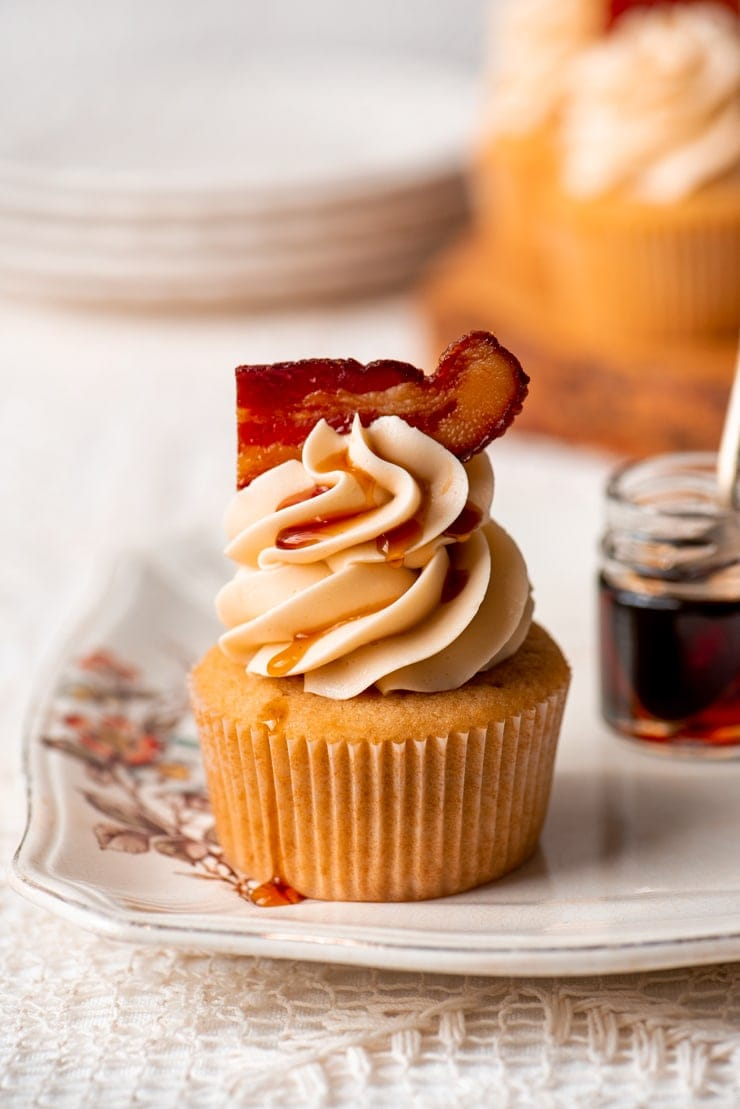 DSC 0822 2 Web - Maple Bacon Cupcakes