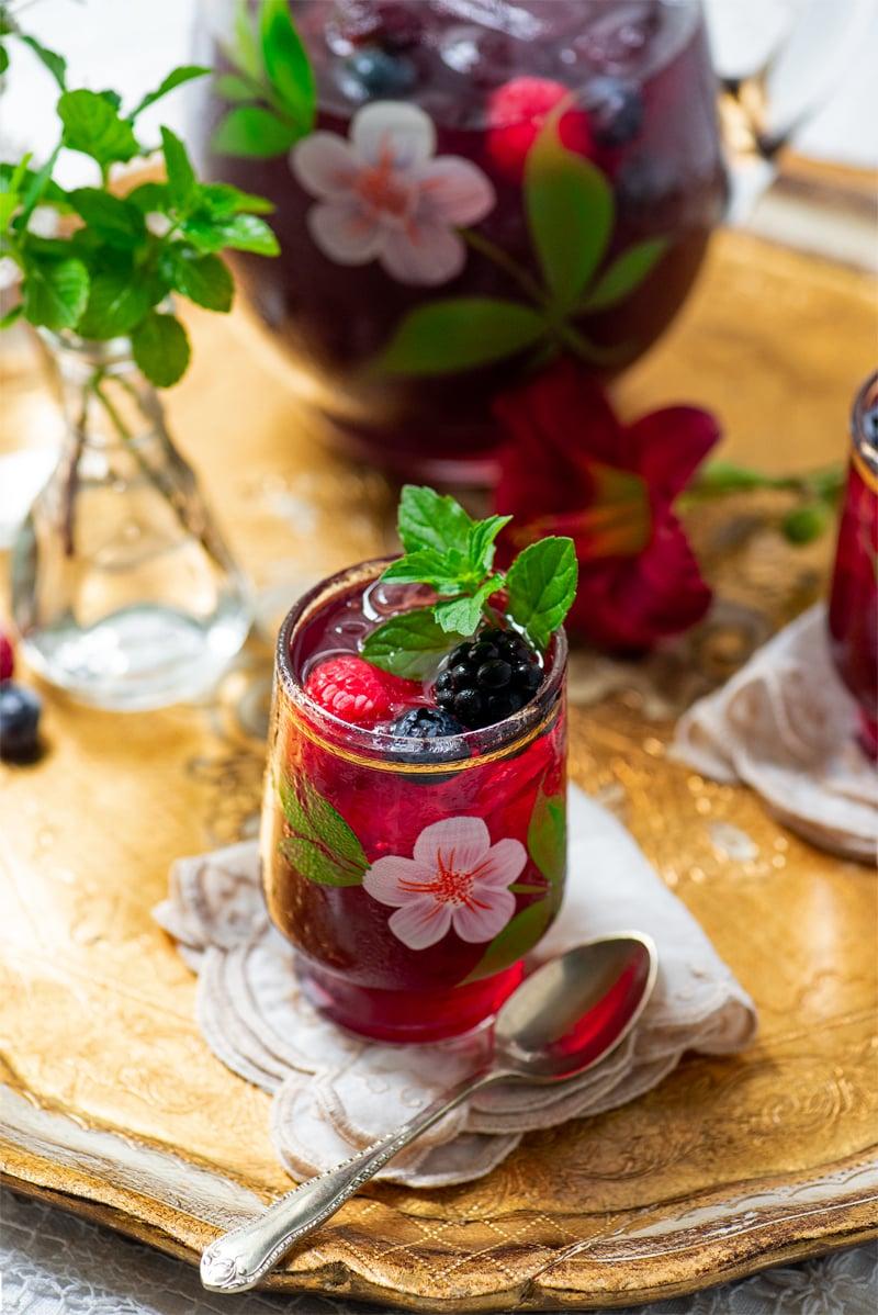 Berry Iced Tea 7965 800px - The Best Homemade Berry Iced Tea