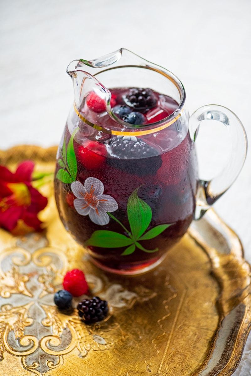 Berry Iced Tea 8029 800px - The Best Homemade Berry Iced Tea