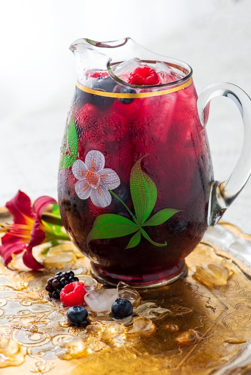 Berry Iced Tea 8097 800px - The Best Homemade Berry Iced Tea