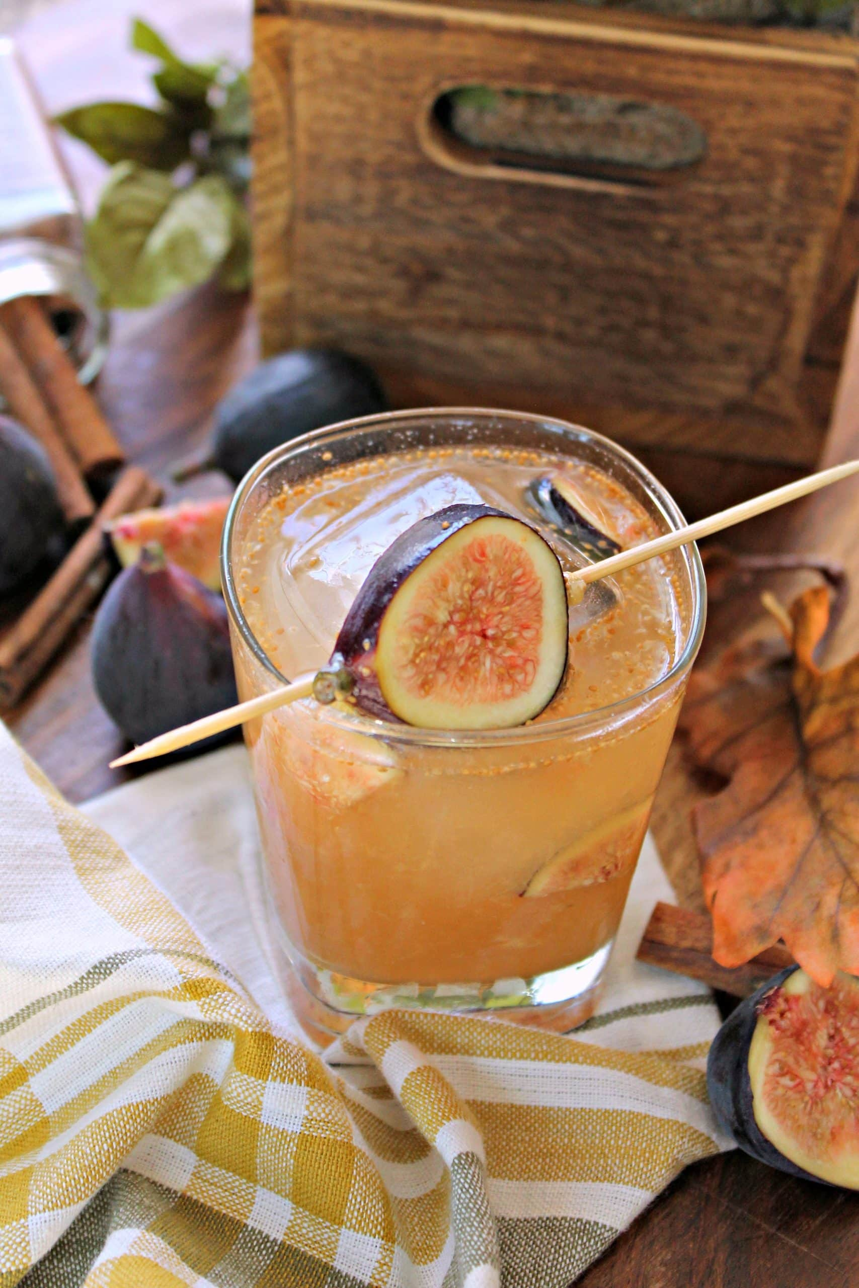 FigCocktail scaled - Mouthwatering Thanksgiving Menu Ideas