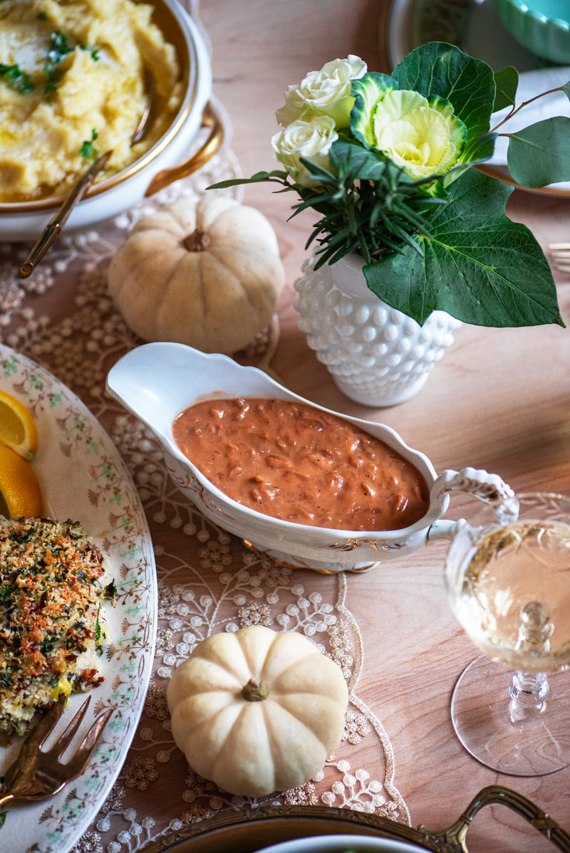 Thaksgiving Dinner 0765 800px - Caramelized Onion Gravy